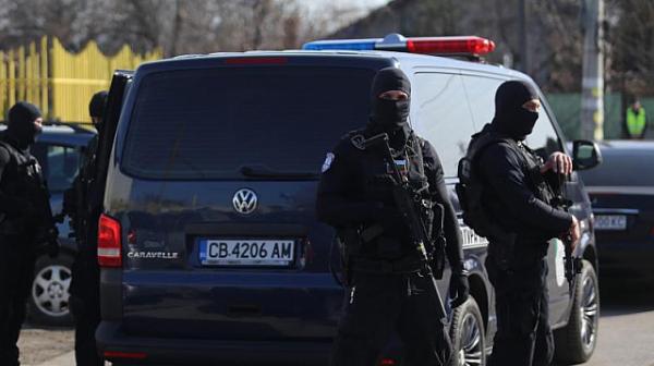 При спецакция са задържани 7 души заради фалшиви ТЕЛК свидетелства