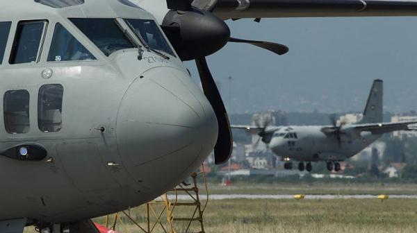 """Евакуираха със """"Спартан"""" заразен с COVID-19 български миротворец от Косово"""