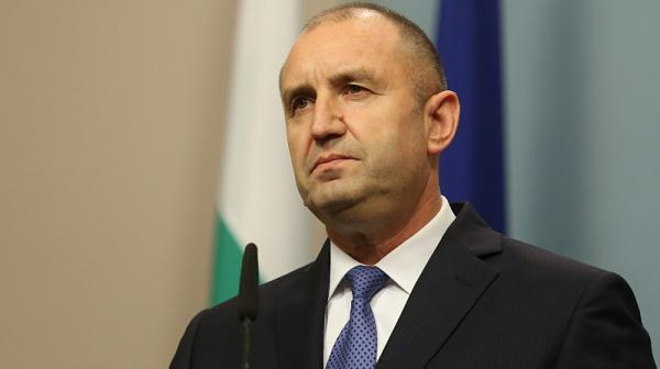 Румен Радев: Опитът на ГЕРБ да предизвика легитимация отвън не може да компенсира загубата на легитимация вътре в България