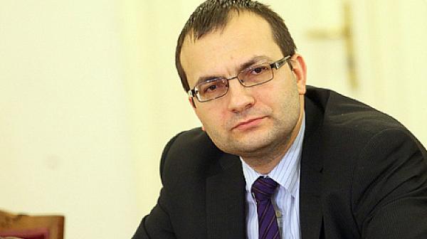 """Мартин Димитров: Обяснението на властта за """"Фолксваген"""" е като """"гроздето е кисело"""""""